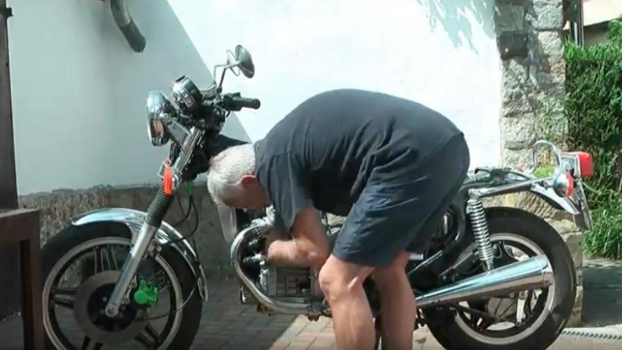 Reparation af vandpumpe på CX'ER