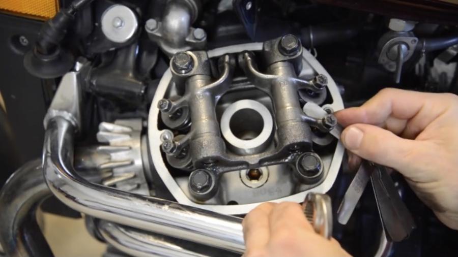 Justering af ventiler på din CX'er