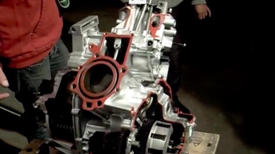 Sådan ser en åben CX-motor ud